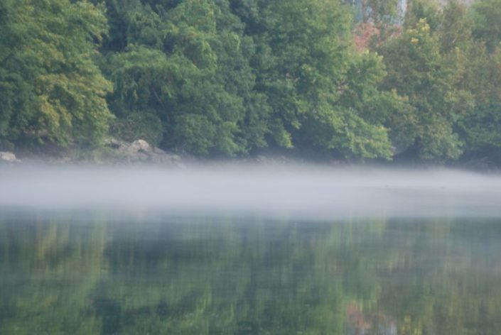 Fluss Manavgat im morgendlichen Nebel